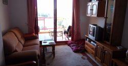 Todo exterior junto al mar. Con garaje y mobiliario nuevo.