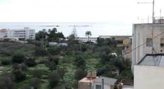 Piso grande y céntrico con vistas al mar y la montaña