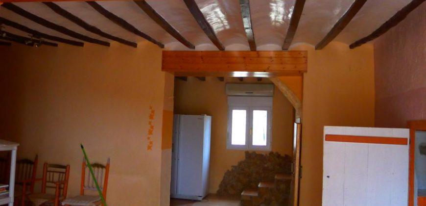 Casa Rústica en venta en Relleu de 390 m2