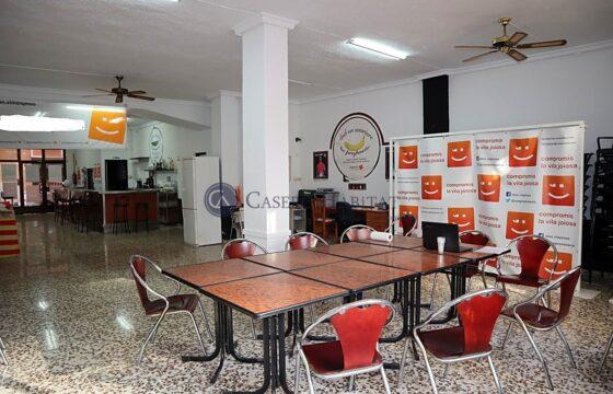 Local en venta en La Vila Joiosa de 170 m2